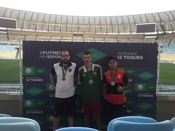 """3º Rodrigo Rodrigues """"Amon Ra"""" (BRF), 1º Vinicius Esteves (FFC) e 2º Thiaguinho (CRF)"""