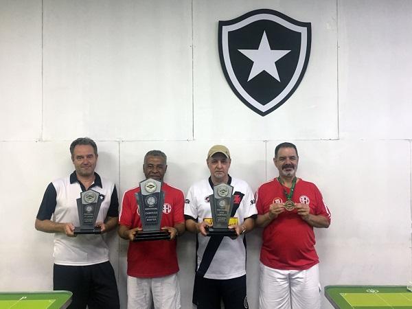 2º Servio Filgueiras (BFR),  1º Carlos Alberto (AFC), 3º Ramos (CRVG) e 4º Nald Cantuária (AFC)