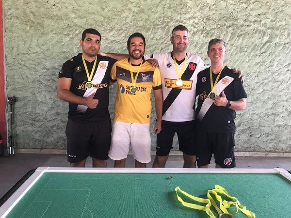 Da esquerda para direita: Abel Cêpa (CRVG). Carlos Alberto (ALIADOS), Paulo Costa (CRVG) Lauro Couto (CRVG)