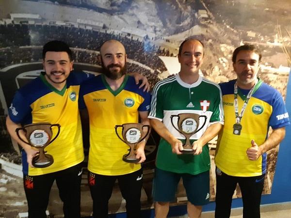 Pódio da competição de Individual da modalidade Bola 12 Toques – Mundial 2018