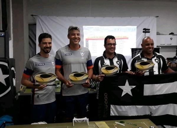 1º Rodolfo Feliz (ES), 2º Fernando Miranda (ES), 3º Anderson Spider (RJ) e 4º Robson Marfa (RJ)