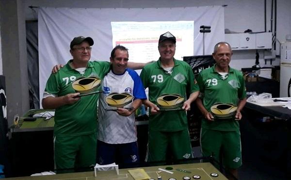 1º Crosa (RS), 2º Hércules Oliveira (RJ), 3º Breno (RS) e 4º Sérigo Oliveira (RS)